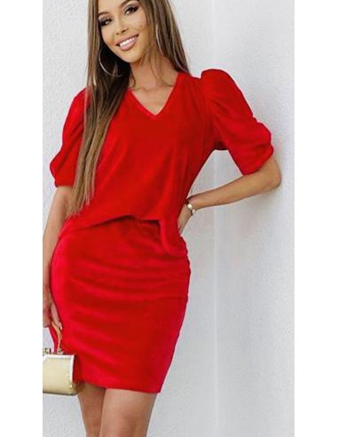 Welurowa spódnica w czerwonym kolorze